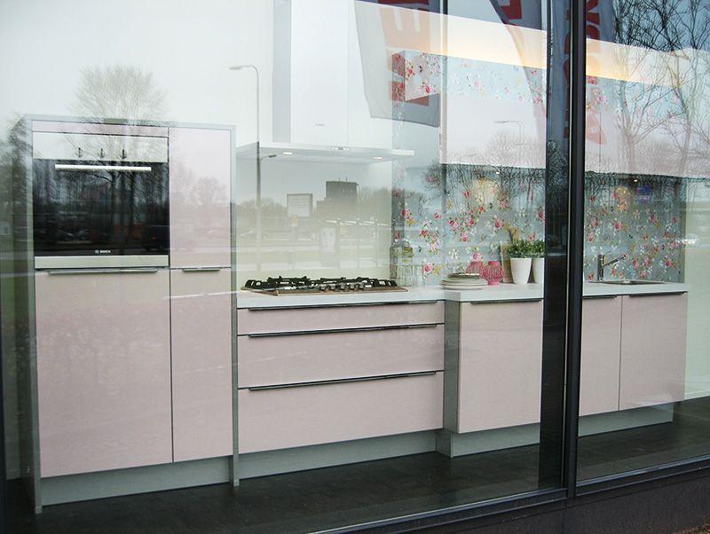Moderne rechte keuken ~ consenza for .