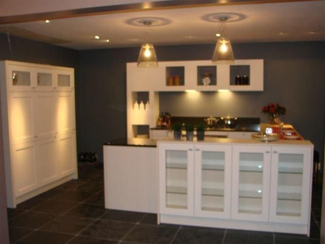Moderne Kunst Keuken : Showroomkeukens alle showroomkeuken aanbiedingen uit nederland