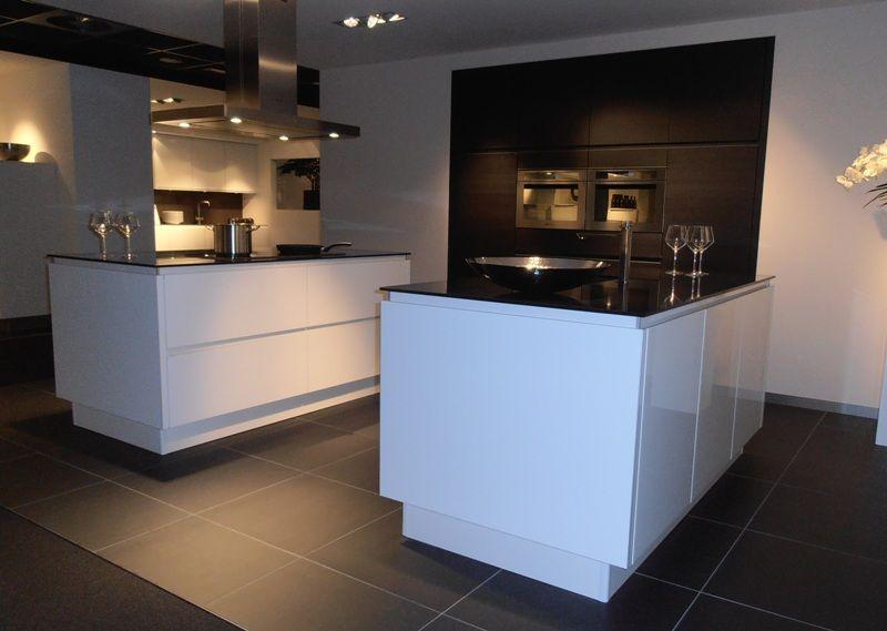 Keuken Fineer Hout : lage keuken prijzen Keuken met dubbel eiland in wit met hout [50421