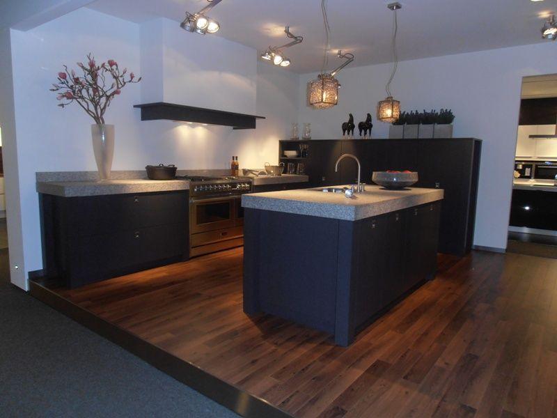 Eiken Keuken Fineer : Showroomkeukens Alle Showroomkeuken aanbiedingen uit