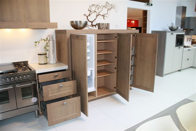 Houten Keuken Prijs : Showroomkeukens Alle Showroomkeuken aanbiedingen uit