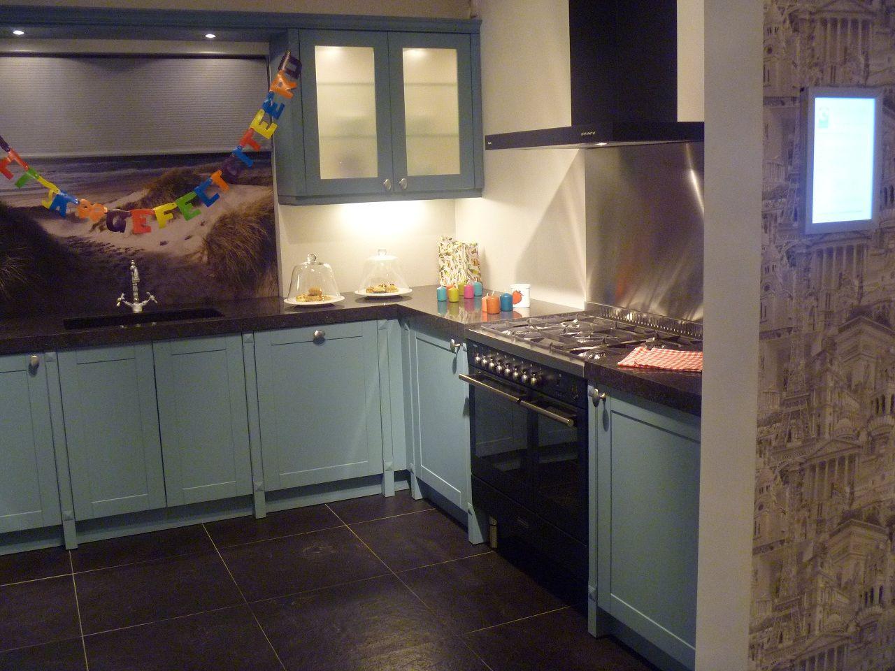 Keukens Groningen Aanbiedingen : fornuis showroommodel Keuken Groningen com