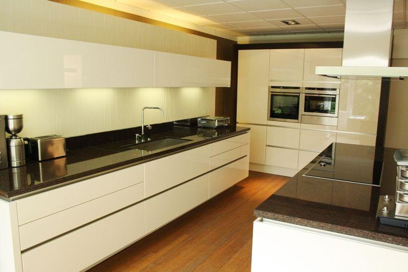 Greeploos Rechte Keuken Magnolia Hoogglans : ... keukens voor zeer ...