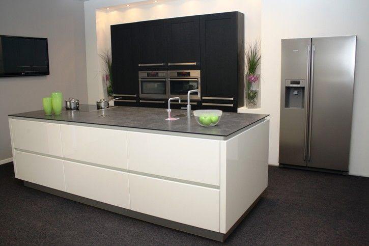 Keuken Stopcontact Inbouw : uit Nederland keukens voor zeer lage keuken prijzen CUBIC [45159