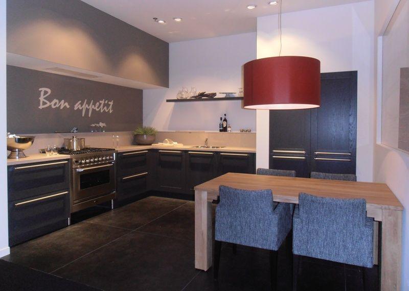 Stoere Landelijk Keuken : Showroomkeukens alle showroomkeuken aanbiedingen uit nederland