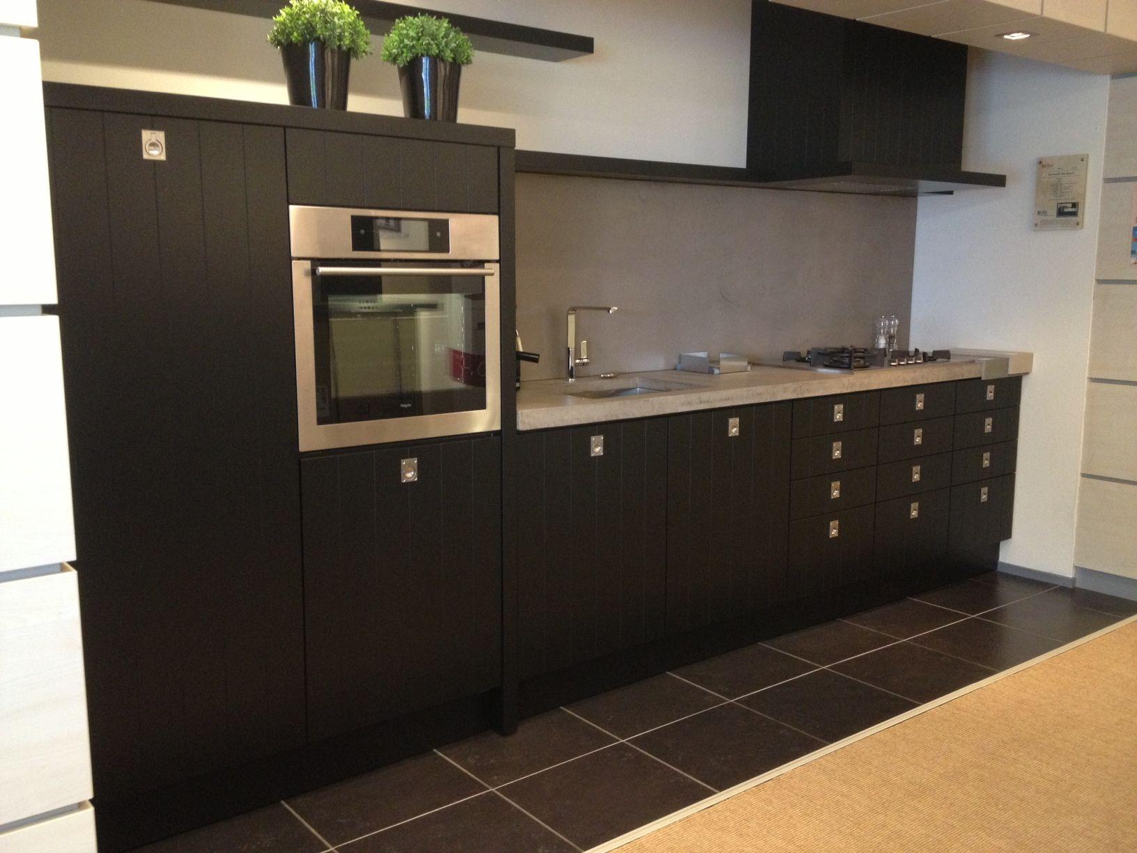Zwarte Landelijke Keuken : keukens voor zeer lage keuken prijzen Keller Cornwall zwart [43758