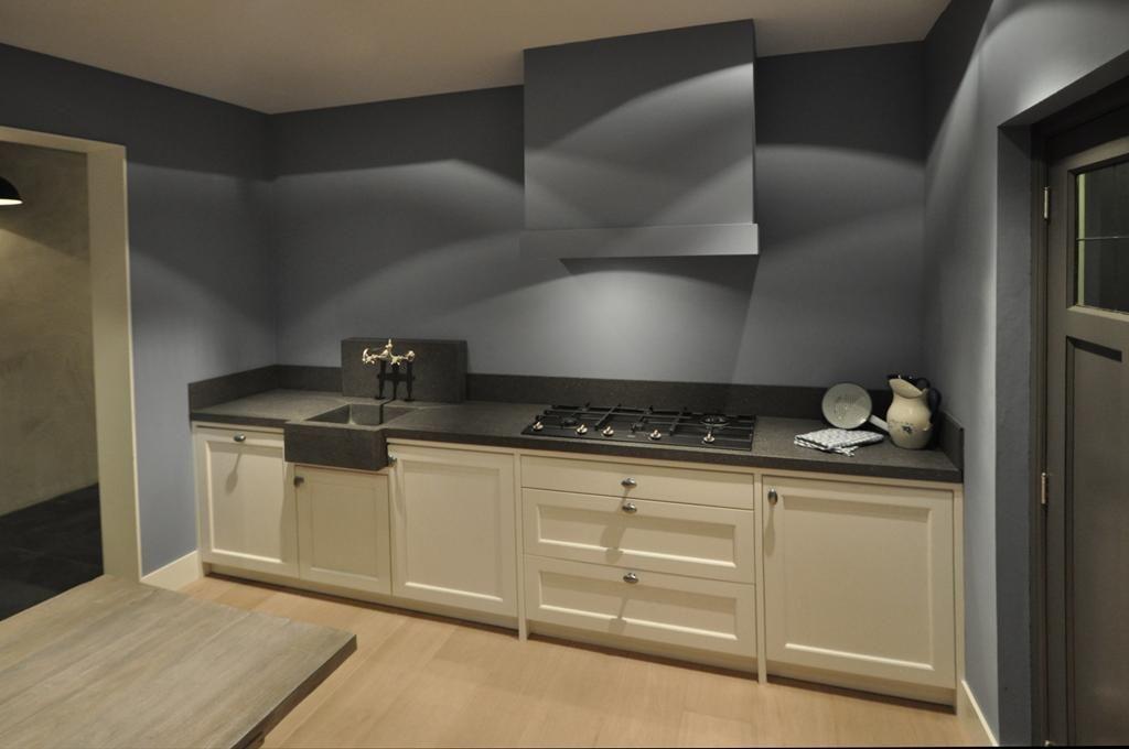 Keuken Wit Landelijk : keukens voor zeer lage keuken prijzen Keuken Graydon landelijk wit
