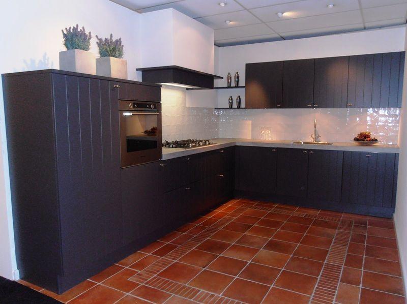 Antraciet Keuken : lage keuken prijzen Modern landelijke keuken in antraciet [52826