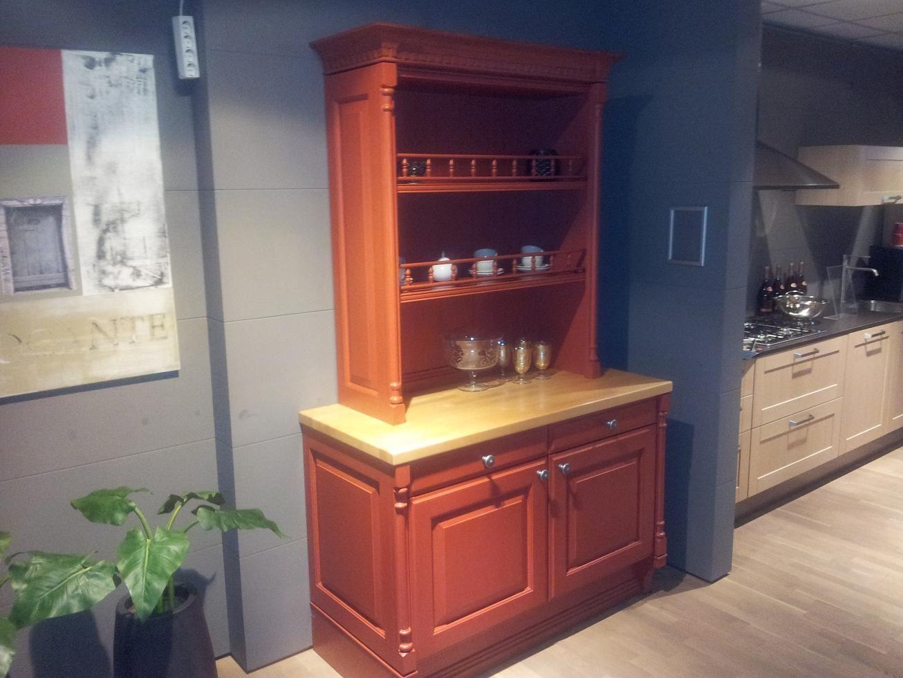 Buffetkast Voor Keuken : Showroomkeukens alle showroomkeuken aanbiedingen uit nederland