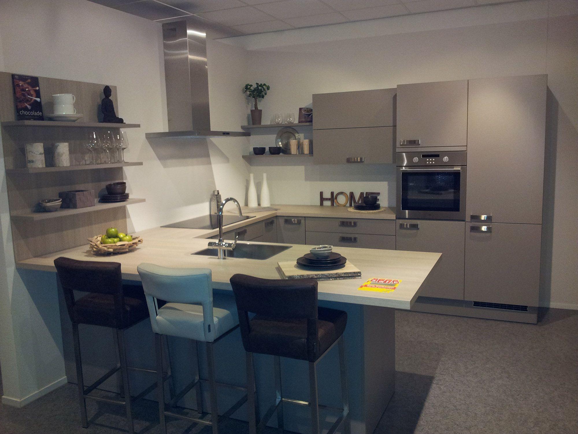 Keukens Bruynzeel Prijzen : Showroomkeukens alle showroomkeuken aanbiedingen uit nederland