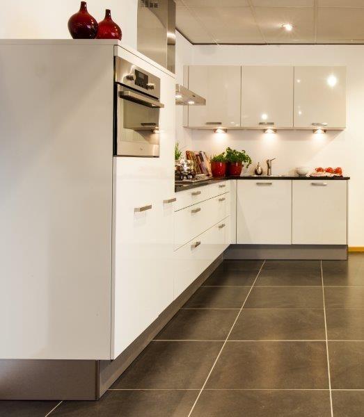 Kristal keukens keukenarchitectuur - Trendkleur keuken ...