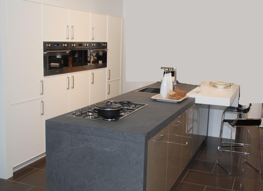 Keuken Met Spoeleiland : keukens voor zeer lage keuken prijzen Mooie gelakte keuken met