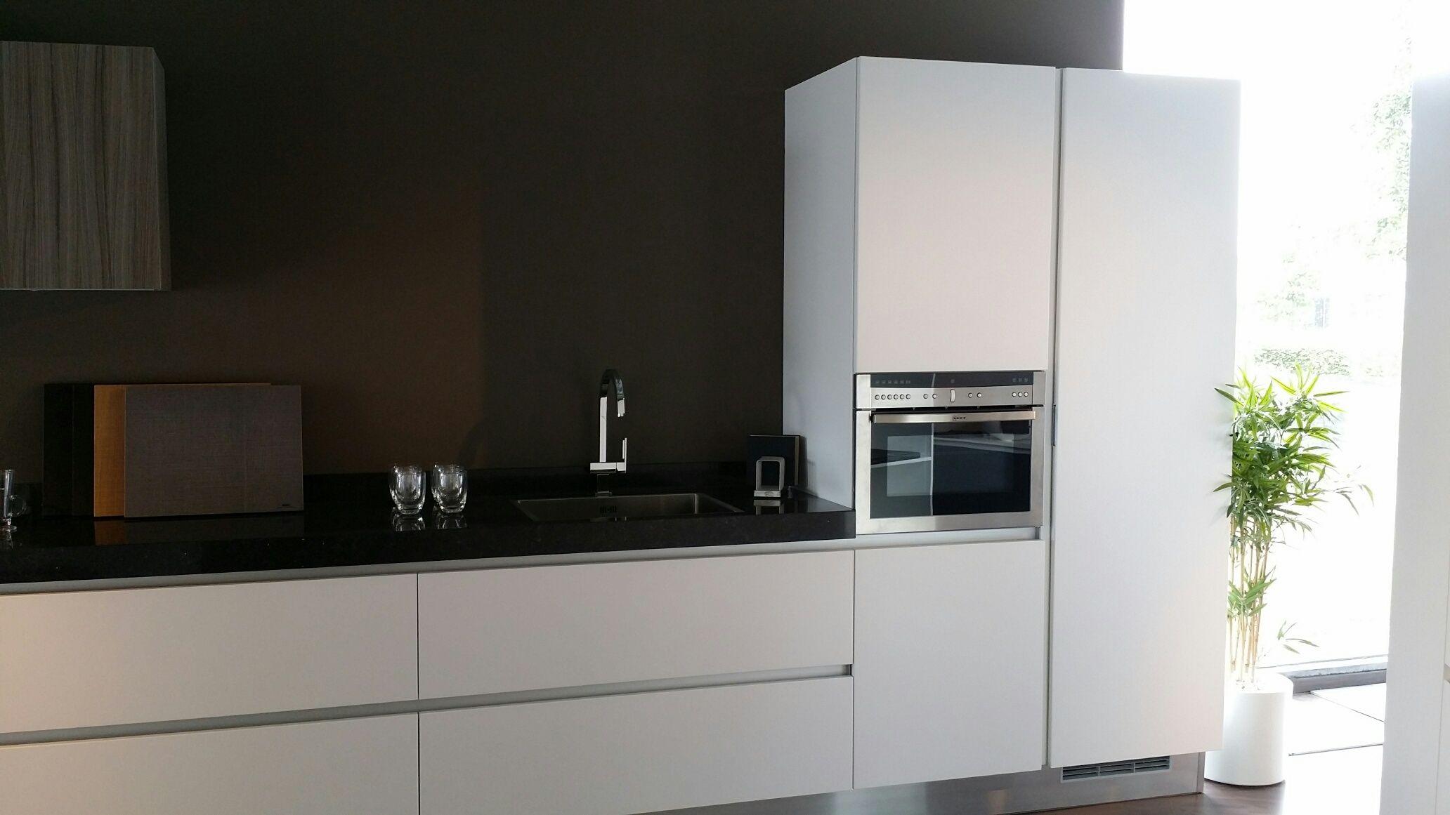 Keuken Greeploos Mat Wit : zeer lage keuken prijzen Aster Cucine model Atelier mat wit [47839