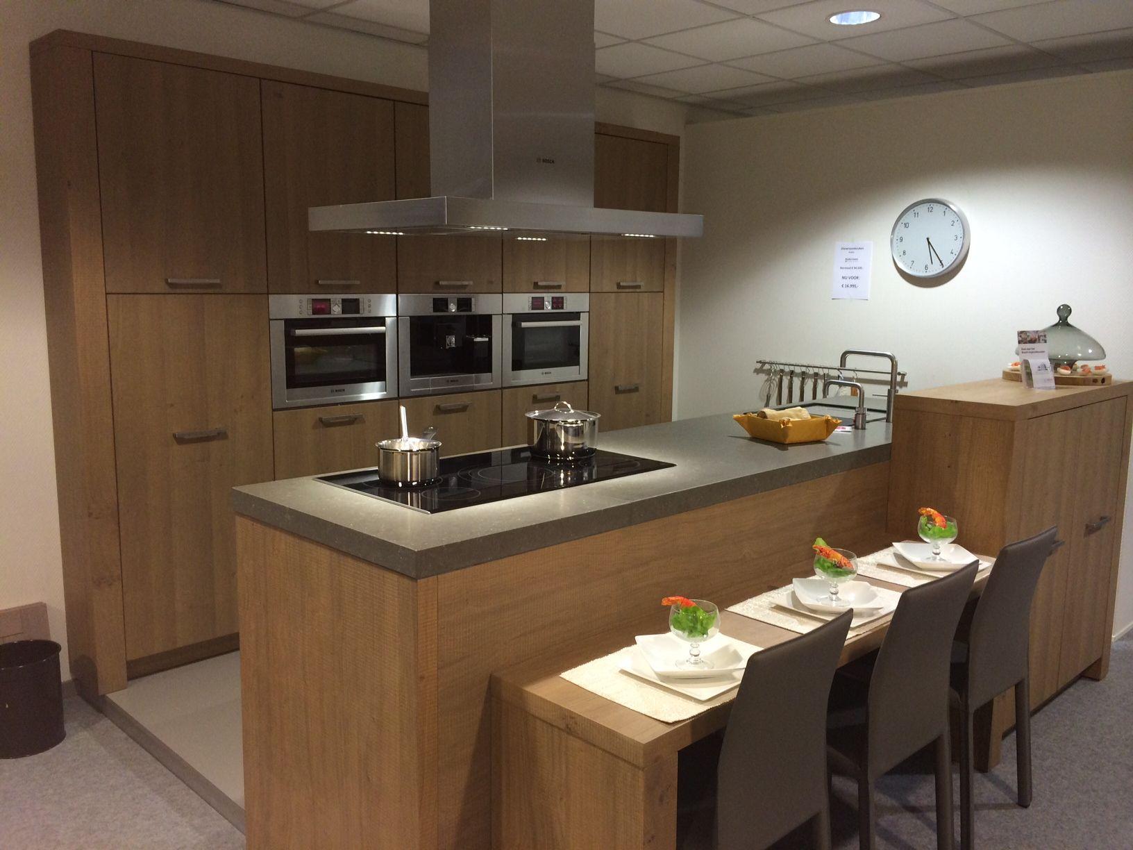 Beckermann keuken keukenarchitectuur - Keuken ilots centrale ...