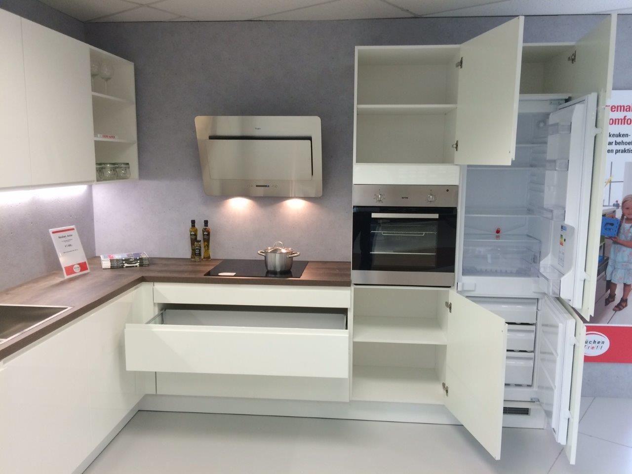 Kunststof Keuken Semi Greeploos Wit : ... uit Nederland keukens voor ...