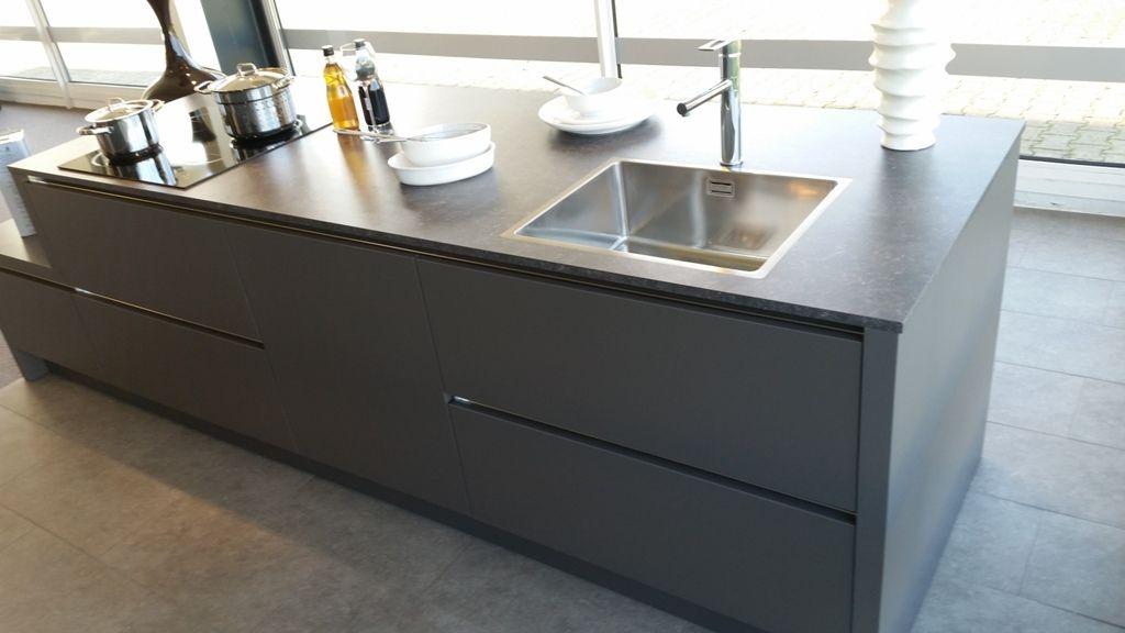 Moderne Strakke Keuken : keukens voor zeer lage keuken prijzen Moderne strakke greeploze