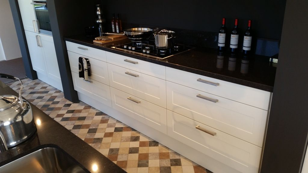 Keuken Met Spoeleiland : keuken met spoeleiland en keukenwand 54312 bijzondere keuken met