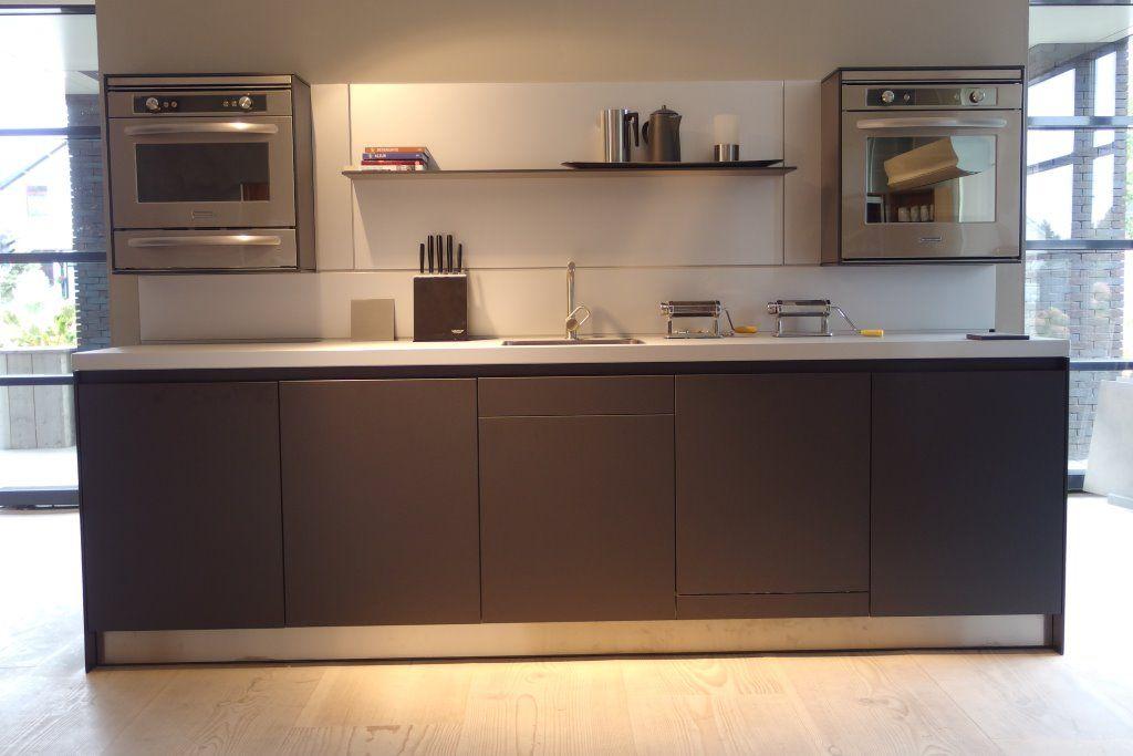 Bulthaup Keukens Prijzen : Showroomkeukens alle showroomkeuken aanbiedingen uit nederland