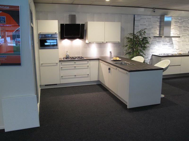 Afmetingen Schiereiland Keuken : keukens voor zeer lage keuken prijzen HHoekopgesteld schiereiland