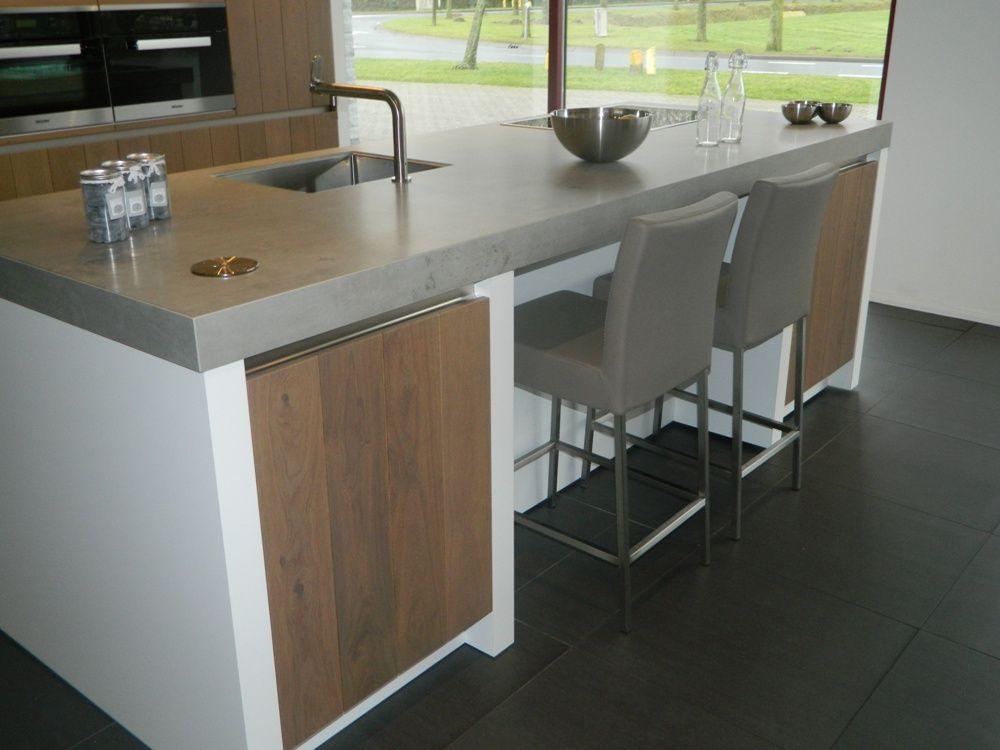 Keukens Met Miele Apparatuur : Showroomkeukens Alle Showroomkeuken aanbiedingen uit