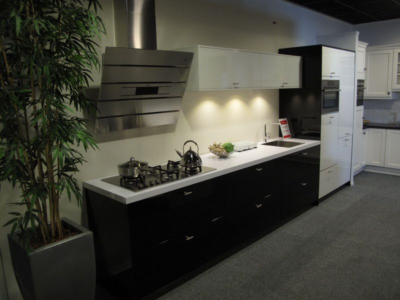 ... keukens voor zeer lage keuken prijzen  Rechte keuken modern [38900