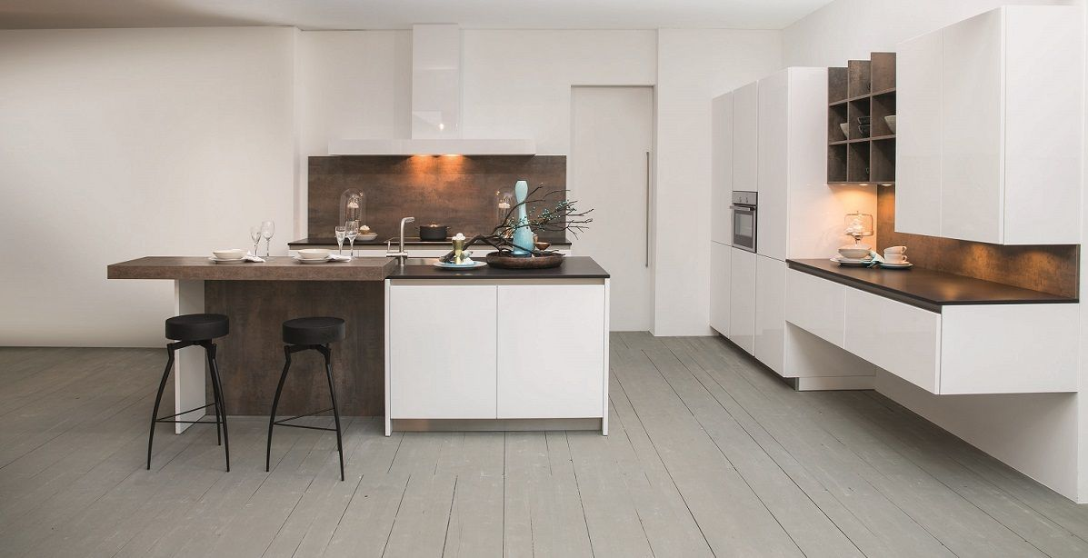 Grote Keuken Showroom : keukens voor zeer lage keuken prijzen Grote moderne keuken 5.5