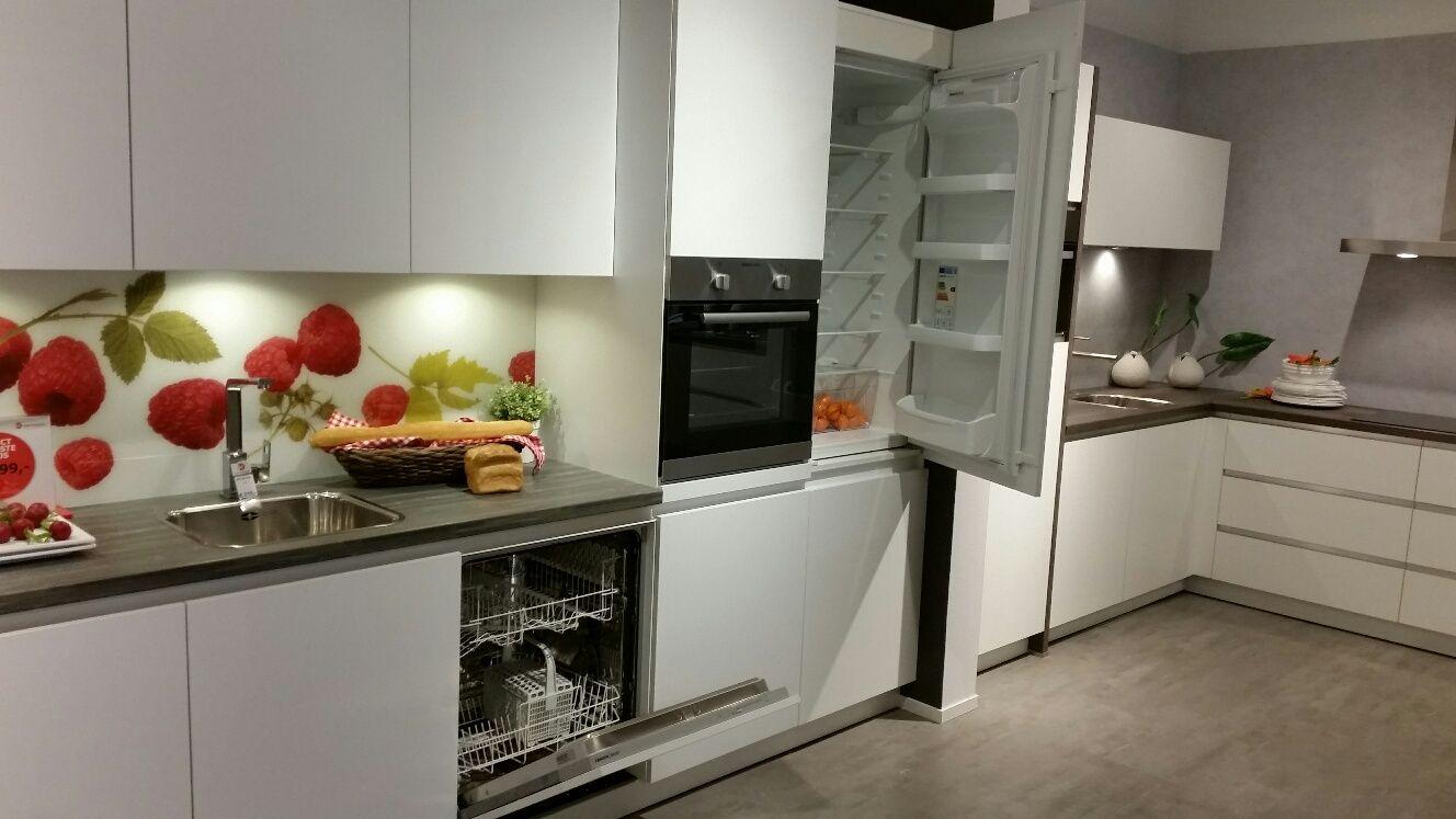Moderne greeploze rechte keuken beste inspiratie voor huis ontwerp - Afbeelding moderne keuken ...