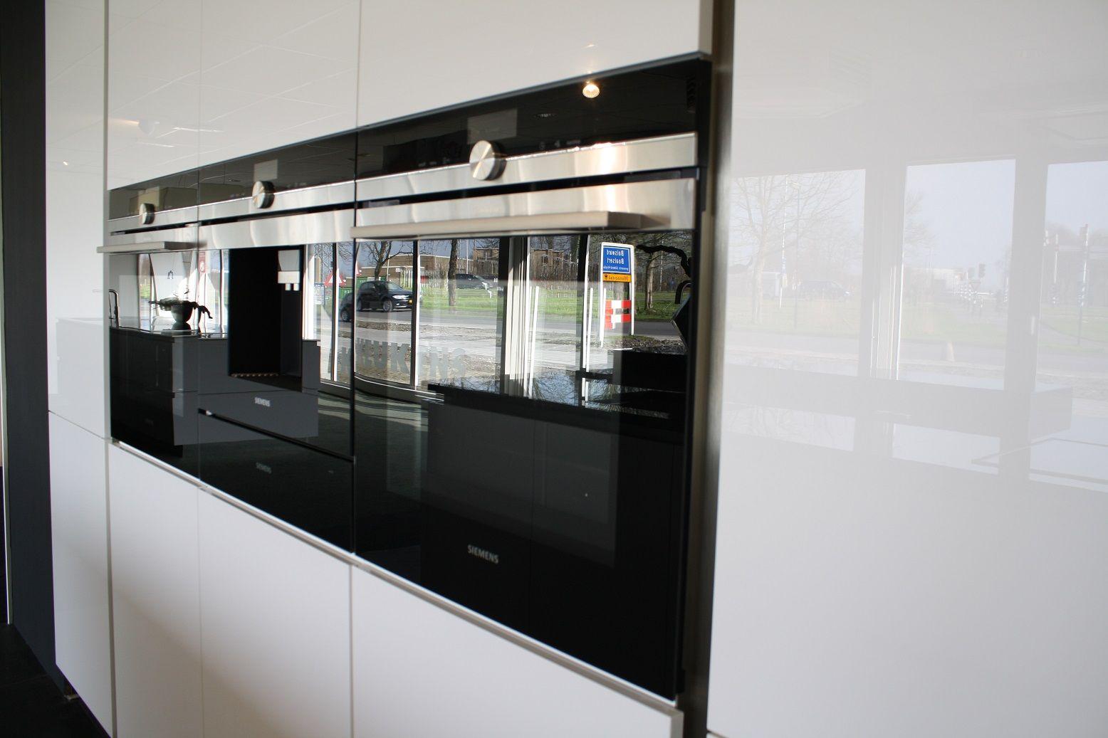 Keuken Lucida met toplijn Siemens apparatuur
