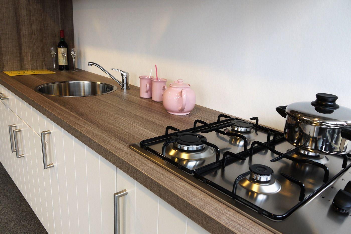 Rechte Keuken Magnoliawit : ... keukens voor zeer lage keuken prijzen ...