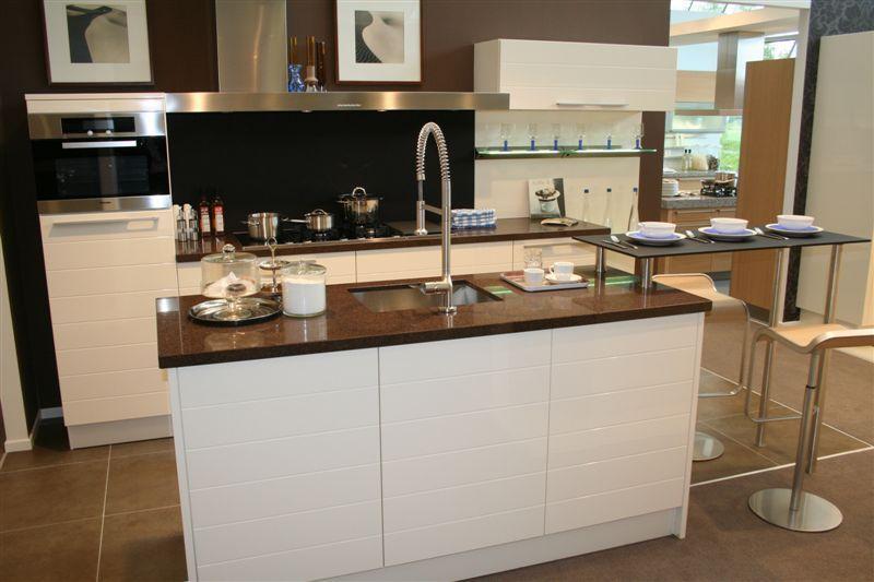 Häcker systemat keukens