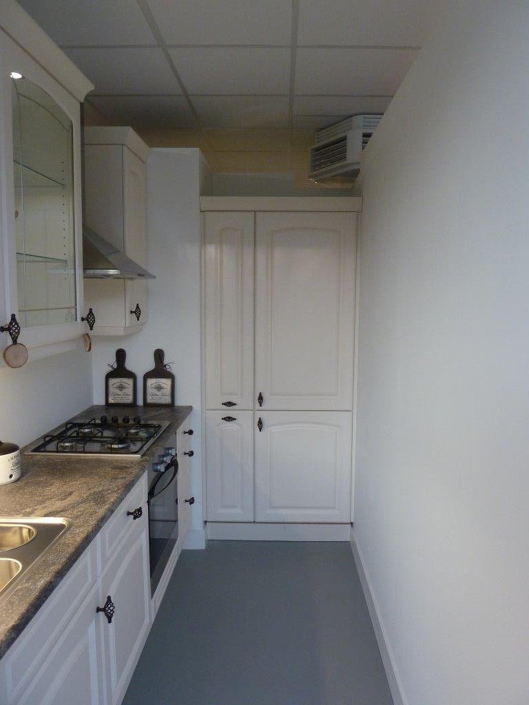 Apothekerskast Keuken Afmetingen : keukens voor zeer lage keuken prijzen Artego klassiek nostalgische