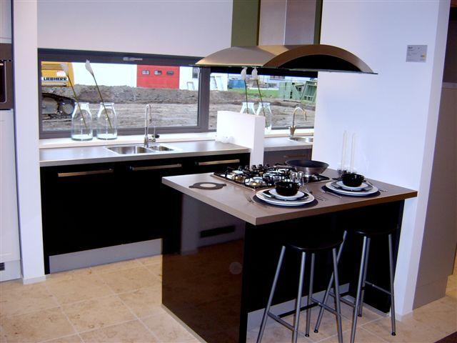 Design Keukens Heemskerk : Keuken Hoogglans Zwart : keukens voor zeer ...