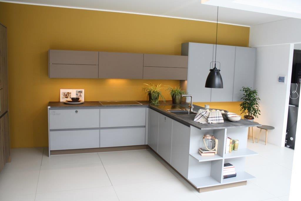 Keuken Schiereiland Met : Moderne keuken met schiereiland