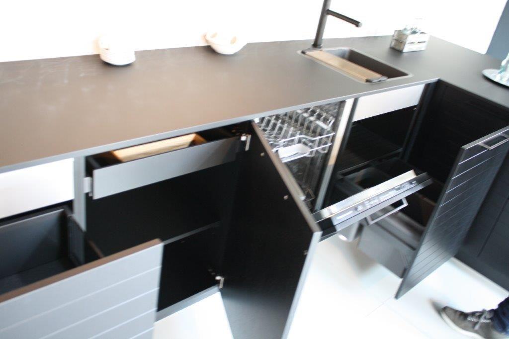 Keuken Houten Schiereiland : Showroomkeukens alle showroomkeuken aanbiedingen uit nederland